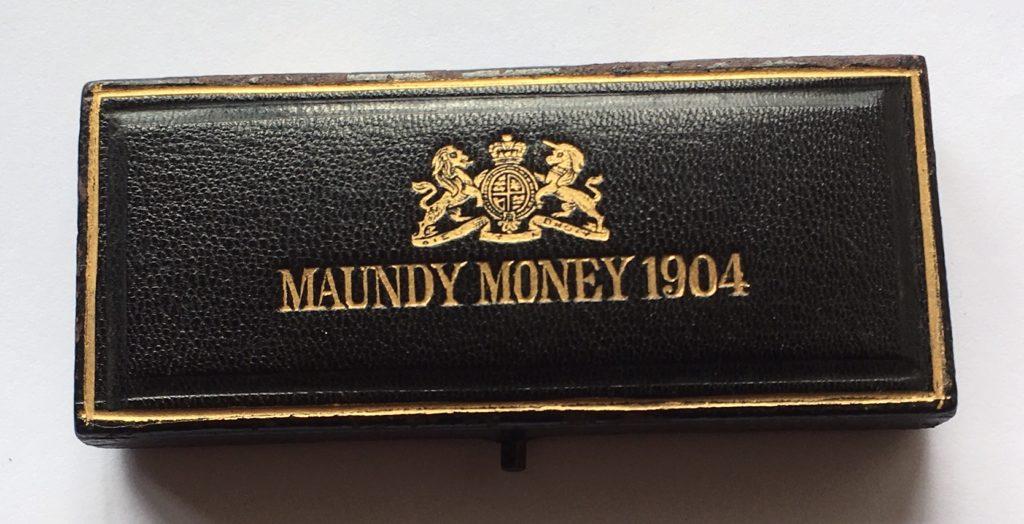 1904 Maundy Set Case