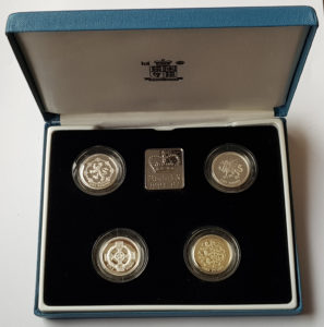 Royal Mint Silver Proof One Pound Set